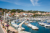 France, Provence-Alpes-Côte d'Azur, peninsula Cap Ferrat between Villefranche-sur-Mer and Beaulieu-sur-Mer, Saint-Jean-Cap-Ferrat: resort with small marina | Frankreich, Provence-Alpes-Côte d'Azur, Halbinsel Cap Ferrat zwischen Villefranche-sur-Mer und Beaulieu-sur-Mer, Saint-Jean-Cap-Ferrat: Badeort mit kleinem Yachthafen