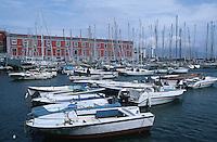 Italy,Campania,Naples,Napoli,Porto d Santa Lucia et Castel Dell'Ovo