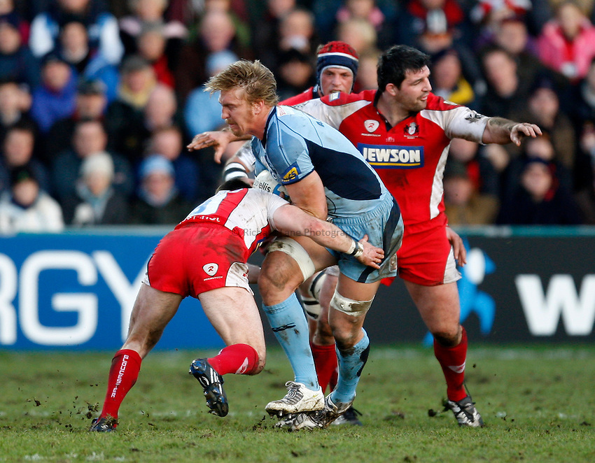 Photo: Richard Lane/Richard Lane Photography. Gloucester Rugby v Cardiff Blues. Heineken Cup. 18/01/2009. Cardiff's Andy Powell attacks.