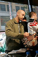 ////<br /> Open Day at Musique PLus  in Montreal<br /> Journne Portes Ouvertes a Musique Plus<br /> <br /> Photo : (c)  2006, Images Distribution<br /> Montreal (Qc) CANADA -  file Photo -