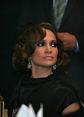 Washington, DC - September 16, 2009 -- Jennifer Lopez watches President Barack Obama and First Lady Michelle Obama at the Congressional Hispanic Caucus Institute (CHCI) dinner in Washington DC on September 16, 2009. .Credit: Dennis Brack - Pool via CNP