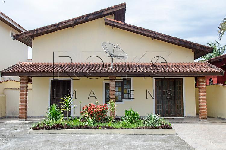 Casa em condomínio de Boracéia, Bertioga - SP, 12/2014.