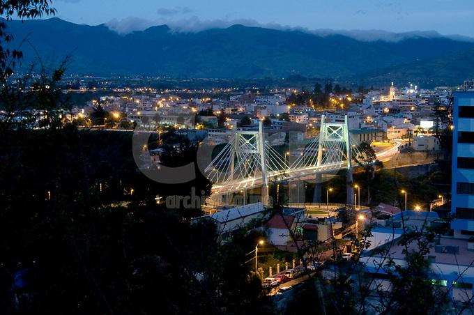 Puente en  Ambato , Ecuador.