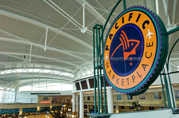 9/7/2006--Seattle, WA, USA..The Pacific Marketplace at Seattle's Seatac Airport. ..Photograph By Stuart Isett.All photographs ©2006 Stuart Isett.All rights reserved.