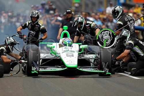 27.05.2016. Indianapolis, IN, USA.  Indycar driver Sage Karam (24) and his pit crew compete in pit stop competition during Carb Day for the 100th running of the Indianapolis 500 in Speedway, IN.
