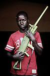 Ndale. 15 ans. 2 ans  passés dans les groupes armés. Bukavu, RDC, juillet 2013.