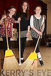 Lixnaw Sean Nos Dancing : Pupils Triona Curran & Lauren O'Hora with teacher Aoife ni Argain.