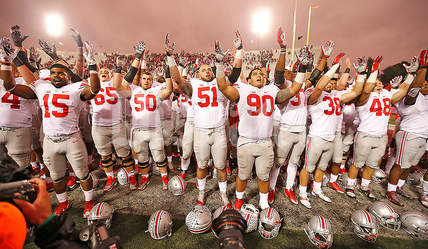 The Buckeyes salute their fans after escaping with a victory over IU at Memorial Stadium on October 3, 2015. (Chris Russell/Dispatch Photo)