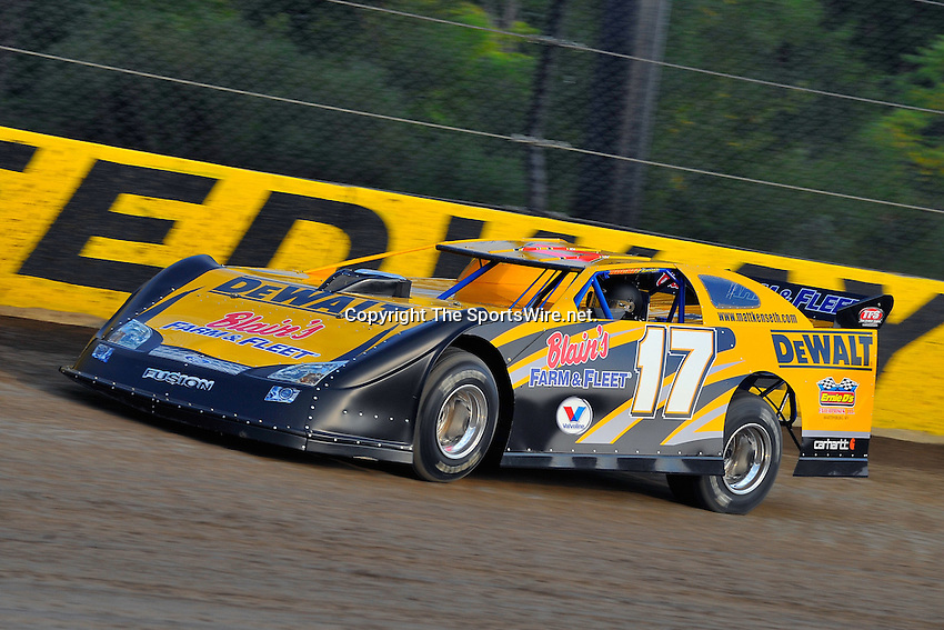 Sep 9, 2009; 6:37:46 PM; Rossburg, OH., USA; The 5th Annual All-star race with NASCAR and other drivers competing in Dirt Late Models of the Prelude to the Dream event running at the Eldora Speedway.  Mandatory Credit: (thesportswire.net)