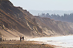 Dungeness Spit, beachcombers, Dungeness National Wildlife Refuge, Olympic Peninsula, Puget Sound, Washington State,