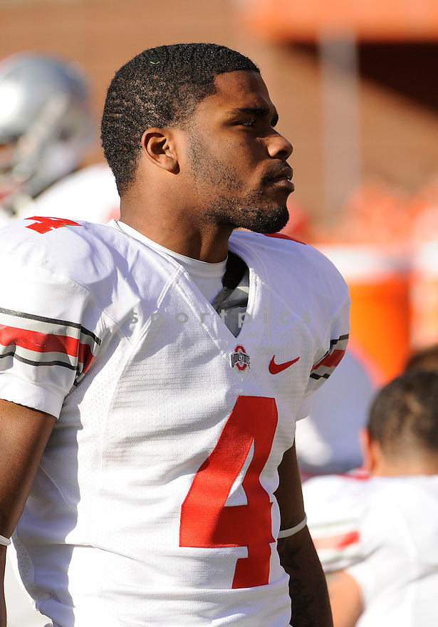 CJ BARNETT, of the Ohio State Buckeyes, in action during Ohio State's game against the Illinois Fighting Illini on October 15, 2011 at Memorial Stadium in Champaign, IL. Ohio State beat Illinois 17-7.