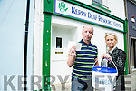 Kerry Deaf Resource Centre - only raised €105 during a Killarney Street collection the other day - a direct consequence of the Console scandal. Pictured Willie White and Noreen Cronin