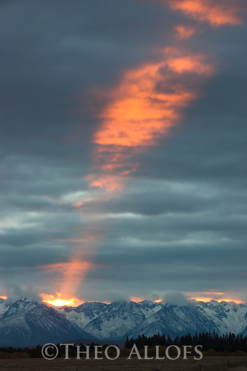 Sun setting over Southern Alps, South Island, New Zealand