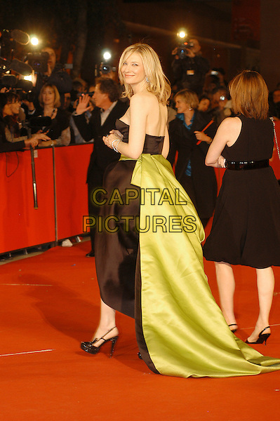 "CATE BLANCHETT.Premiere for film  ""Elizabeth: The Golden Age"" during the .Rome International Film Festival, Rome, Italy, .October 19th 2007..full length strapess black dress green sash belt train black patent platform shoes side back over shoulder behind.CAP/CAV.©Luca Cavallari/Capital Pictures."