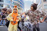 "BRUSSELS - BELGIUM - 20 September 2016 -- Anti TTIP and CETA demonstration. - The ""TTIP-chicken family"".  -- PHOTO: Juha ROININEN / EUP-IMAGES"
