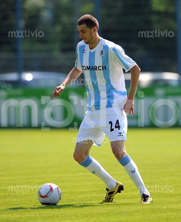 2. Fussball Bundesliga:  Saison   2010/2011   1860 Muenchen Trainingsauftakt   28.06.2010 Florin Lovin (1860 Muenchen)