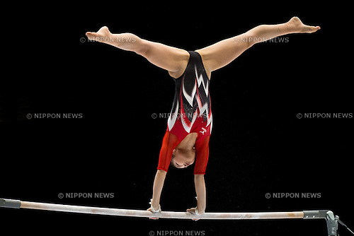 Yu Minobe (JPN), OCTOBER 1, 2013 - Artistic Gymnastics : Yu Minobe of Japan competes on the uneven bars during a qualification session at the 2013 World Artistic Gymnastics Championships at Antwerps Sportpaleis (Antwerp's Sport Palace), Antwerp, Belgium. (Photo by Enrico Calderoni/AFLO SPORT) [0391]