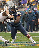 Pitt defensive lineman Amir Watts. The Pitt Panthers defeated the Virginia Cavaliers 31-14 at Heinz Field, Pittsburgh, PA on October 28, 2017.
