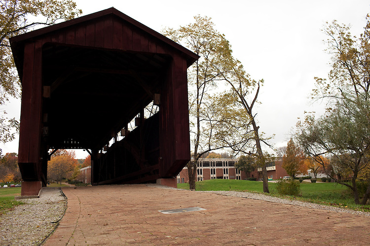 Covered Walking Bridge, Ohio University Lancaster Campus.Photo by Chris Franz