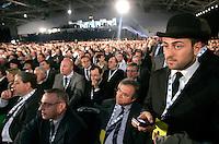 Delegati durante la seconda giornata del congresso fondativo del PdL, partito del Popolo della Liberta', alla Nuova Fiera di Roma, 28 marzo 2009..Delegates are seen during the Foundation Congress of the People of Freedom center right party in Rome, 28 march 2009..UPDATE IMAGES PRESS/Riccardo De Luca