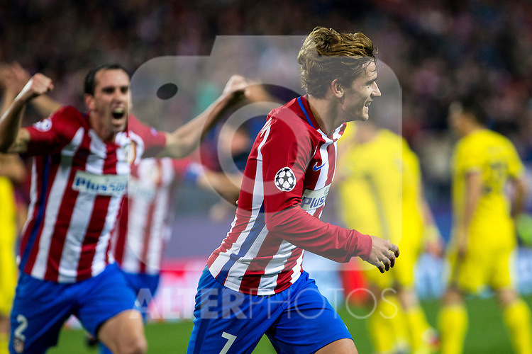 Atletico de Madrid's Antoine Griezmann  Diego Godin during the match of UEFA Champions League between Atletico de Madrid and FC Rostov, at Vicente Calderon Stadium,  Madrid, Spain. November 01, 2016. (ALTERPHOTOS/Rodrigo Jimenez)
