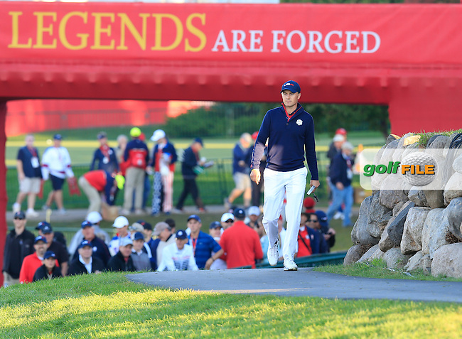 Jordan Spieth US Team makes his way to the 1st tee to start Saturday Morning Foursomes Matches of the 41st Ryder Cup, held at Hazeltine National Golf Club, Chaska, Minnesota, USA. 1st October 2016.<br /> Picture: Eoin Clarke   Golffile<br /> <br /> <br /> All photos usage must carry mandatory copyright credit (&copy; Golffile   Eoin Clarke)