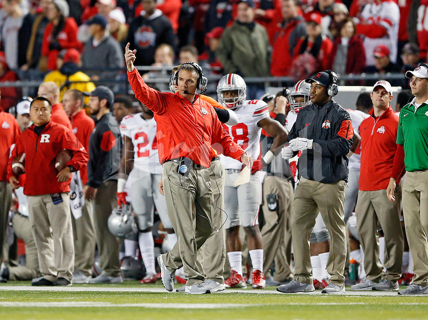 Ohio State Buckeyes head coach Urban Meyer tells his offensive to speed it up against Rutgers Scarlet Knights during the first half at High Point Solutions Stadium on October 24, 2015.  (Dispatch photo by Kyle Robertson)