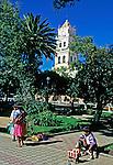 Praça em Sucre. Bolivia. 1998. Foto de Juca Martins.