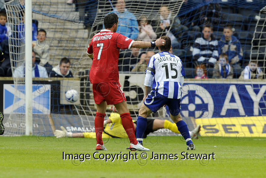 17/05/2008   Copyright Pic: James Stewart.File Name : sct_jspa10_kilmarnock_v_falkirk.PEDRO MOUTINHO SCORES FALKIRK'S FIRST.James Stewart Photo Agency 19 Carronlea Drive, Falkirk. FK2 8DN      Vat Reg No. 607 6932 25.Studio      : +44 (0)1324 611191 .Mobile      : +44 (0)7721 416997.E-mail  :  jim@jspa.co.uk.If you require further information then contact Jim Stewart on any of the numbers above........