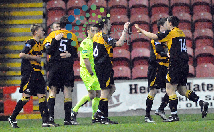 Alloa players celebrate Brian Pruntys second goal securing victory during The Irn-Bru Second Division match between Clyde and Alloa at Broadwood Stadium 07/04/10..Picture by Lorraine Hill/Universal News & Sport (Scotland).