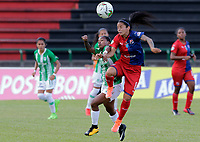 MEDELLÍN - COLOMBIA, 04-08-2019: Maria Helena Hurtado de Nacional disputa el balón con Geraldine Cardona del Medellín durante partido por la fecha 4 de la Liga Femenina Águila 2019 entre Atlético Nacional y Deportivo Independiente Medellín jugado en el estadio Metropolitano de Itagüi. / Maria Helena Hurtado of Nacional fights for the ball with Geraldine Cardona of Medellin during match for the date 4 of the Aguila Women League 2019 between Atletico Nacional and Deportivo Independiente Medellín played at Metropolitano stadium in Itagui. Photo: VizzorImage / Walter Uran / Cort