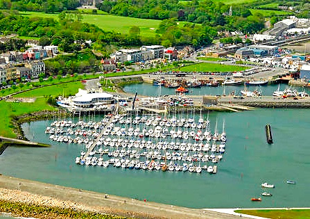 Howth Yacht Club's marina/clubhouse complex