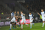 08.11.2019,  GER; 2. FBL, FC St. Pauli vs VfL Bochum ,DFL REGULATIONS PROHIBIT ANY USE OF PHOTOGRAPHS AS IMAGE SEQUENCES AND/OR QUASI-VIDEO, im Bild Dimitrios Diamantakos (Pauli #18) versucht sich gegen Armel Bella Kotchap (Bochum #09) schiesst das 1-0 fuer Bochum und jubelt mit seiner Mannschaft  Foto © nordphoto / Witke *** Local Caption ***