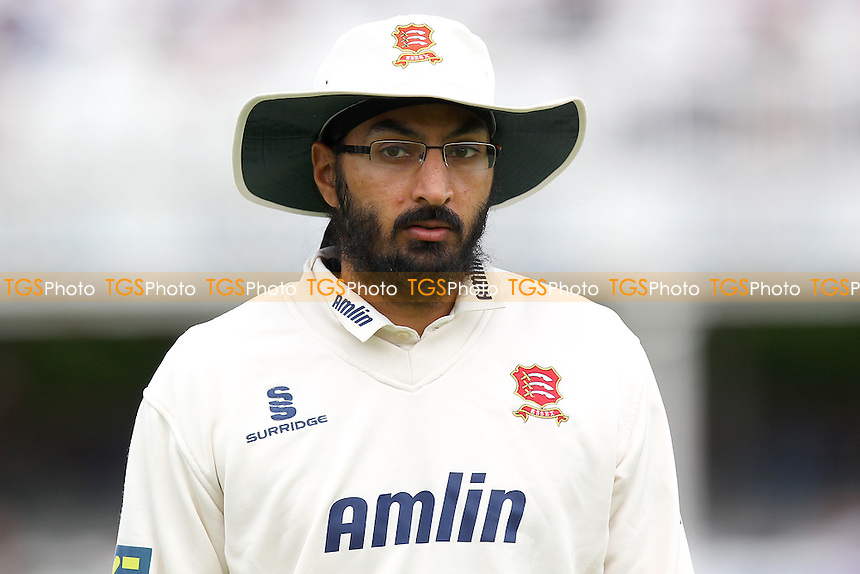 Monty Panesar of Essex - Essex CCC vs Surrey CCC - LV County Championship Division Two Cricket at the Essex County Ground, Chelmsford, Essex - 26/05/14 - MANDATORY CREDIT: Gavin Ellis/TGSPHOTO - Self billing applies where appropriate - 0845 094 6026 - contact@tgsphoto.co.uk - NO UNPAID USE