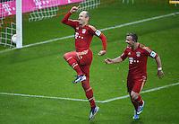 FUSSBALL   1. BUNDESLIGA  SAISON 2012/2013   27. Spieltag   FC Bayern Muenchen - Hamburger SV    30.03.2013 JUBEL FC Bayern Muenchen; Arjen Robben (li) und Xherdan Shaqiri