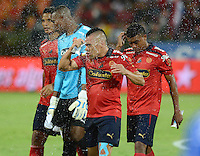 MEDELLIN -COLOMBIA-4-OCTUBRE-2014. Decepcion del Independiente Medellin al perder con Alianza Petrolera . Accion de juego entre los equipos  Independiente Medellin  contra Alianza Petrolera , partido de la treceava fecha de La Liga Postobon   realizado en el estadio Atanasio Girardot de Medell'n./  sadness of players of  Independiente Medellin against Alianza Petrolera . Action game between teams against Independiente Medellin  and Alianza Petrolera  party date of the thirteenth Postobon League held at the Atanasio Girardot stadium in Medellin. Photo: VizzorImage / Luis R'os / STR