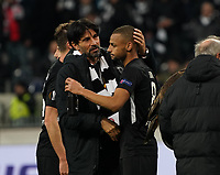 Sportmanager Bruno Hübner (Eintracht Frankfurt) feiert mit Djibril Sow (Eintracht Frankfurt) - 20.02.2020: Eintracht Frankfurt vs. RB Salzburg, UEFA Europa League, Hinspiel Round of 32, Commerzbank Arena DISCLAIMER: DFL regulations prohibit any use of photographs as image sequences and/or quasi-video.