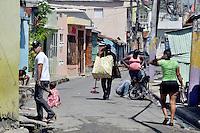 Barrio Los Guandules, este lugar donde no solo existen delincuentes, aquí viven gentes trabajadoras que estudian y son muy buenas, el problema es que solo ven las cosas malas del sector .Fotos: Carmen Suárez/acento.com.do.Fecha: 27/09/2011.