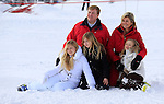 (From L CW) Dutch King Willem-Alexander, Argentine born Dutch Queen Maxima, Princesse Ariane, Princesse Alexia and<br /> Princess Catharina-Amalia pose at a photocall during their ski holidays, in Lech am Arlberg on February 17, 2014. PIERRE TEYSSOT