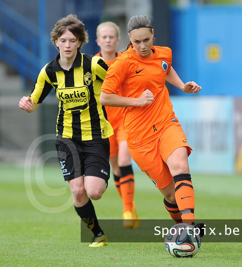 Bekerfinale vrouwen 2015 : Lierse-Club Brugge Vrouwen <br /> <br /> Tinne Van den Bergh  (L) in achtervolging op Jassina Blom (R)<br /> <br /> foto VDB / BART VANDENBROUCKE