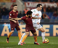 Calcio, Serie A: Roma vs ChievoVerona. Roma, stadio Olimpico, 22 settembre 2016.<br /> Roma&rsquo;s Mohamed Salah, left, is challenged by Chievo Verona's Dario Dainelli during the Italian Serie A football match between Roma and Chievo Verona, at Rome's Olympic stadium, 22 December 2016.<br /> UPDATE IMAGES PRESS/Isabella Bonotto