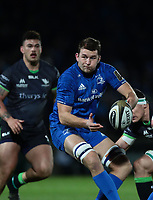 4th January 2020; RDS Arena, Dublin, Leinster, Ireland; Guinness Pro 14 Rugby, Leinster versus Connacht; Ross Molony (Leinster) passes back the ball during play - Editorial Use