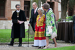 Spanish King Juan Carlos (L), Spanish Queen Sofia (R) and Mexican journalist Elena Poniatowska (C) walk after a ceremony to present Poniatowska the 2013 Cervantes Prize Literature prize at Alcala University in Madrid, Spain. April 23, 2014. (ALTERPHOTOS/Victor Blanco)