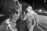 - U.S. Air Force technical staff for F 4 Phantom II aircrafts support during an NBC exercise (June 1985)....- base aerea USA di Spangdhalem, personale tecnico dell'US Air Force per l'assistenza agli aerei F 4 Phantom II durante una esercitazione NBC (giugno 1985)