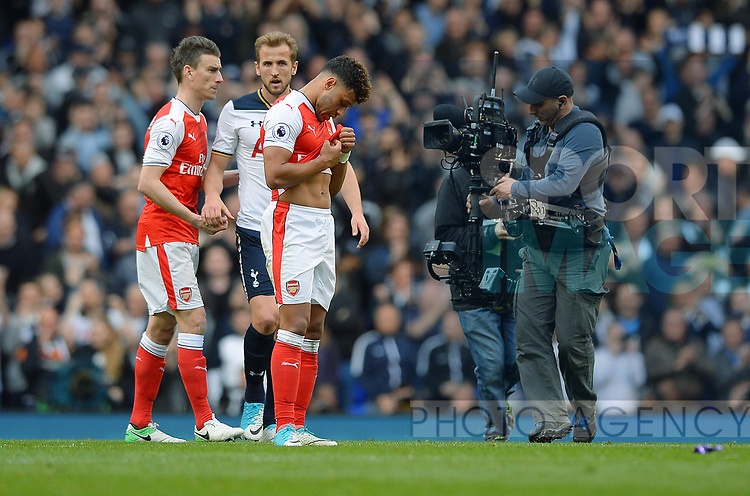 Alex Oxlade-Chamberlain of Arsenal looks dejected at the end of the match English Premier League match at the White Hart Lane Stadium, London. Picture date: April 30th, 2017.Pic credit should read: Robin Parker/Sportimage