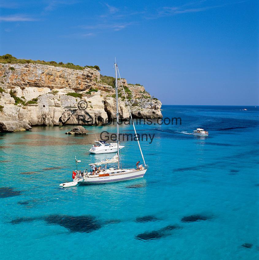 Spain, Balearic Islands, Menorca, Cala Macarella: Cove with Yachts in the South | Spanien, Balearen, Menorca, Cala Macarella: Bucht im Sueden