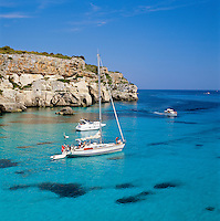 Spain, Balearic Islands, Menorca, Cala Macarella: Cove with Yachts in the South | Spanien, Balearen, Menorca, Cala Macarella: Bucht im Sueden