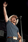 JUSTIN MOORE (2010)
