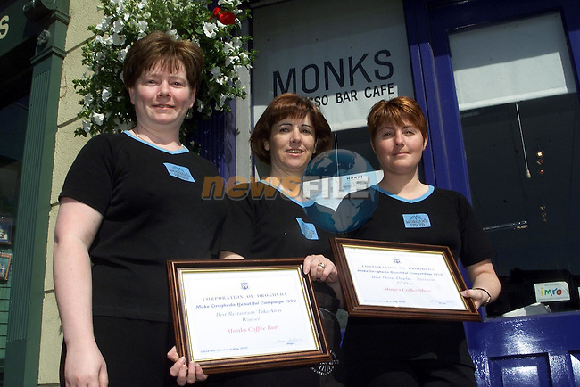 Johanna Kinsella, Jackie Newman and Paula Callaghan of Monks Coffee Bar with the awards they won in the Make Drogheda Beautiful Campaign for Best Resteurant/Take Away and Best Floral Display.