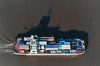 Elbfaehre Wilhelm Krooss: EUROPA, DEUTSCHLAND, SCHLESWIG- HOLSTEIN, SYLT(GERMANY), 30.09.2010: Die Elbfaehre Glueckstadt-Wischhafen ist eine Reederei mit Hauptsitz im schleswig-holsteinischen Glueckstadt. Sie betreibt die gleichnamige Faehrverbindung, die zugleich die nordwestlichste Moeglichkeit ist, die Elbe zwischen Schleswig-Holstein und Niedersachsen mit Kraftfahrzeugen und Fahrraedern zu queren.
